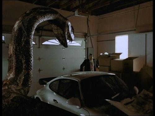 Peliculas absurdas, malas y otras chorradas. Python-3